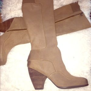 NWT Max studio boots.  Size 10
